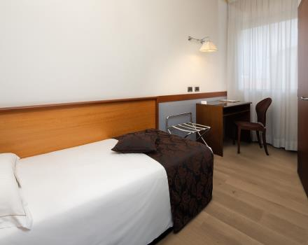 Hotel Biri, modern and comfortable 4 stars in Padua, is also ideal for business travelers: discover all the comfort of our Single rooms!