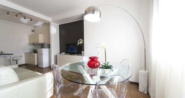 trilocale a padova residence - hotel biri padova - Soggiorno Con Angolo Cottura 20 Mq
