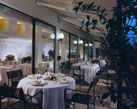 Looking for a unique and elegant restaurant with typical dishes of the Venetian? Book your table at Terrace Best Western Hotel Biri!