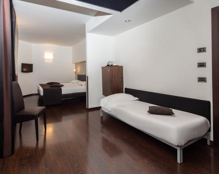 If you are travelling with friends or family, choose the comfort of the Triple Rooms of Hotel Biri, 4 stars in Padua!